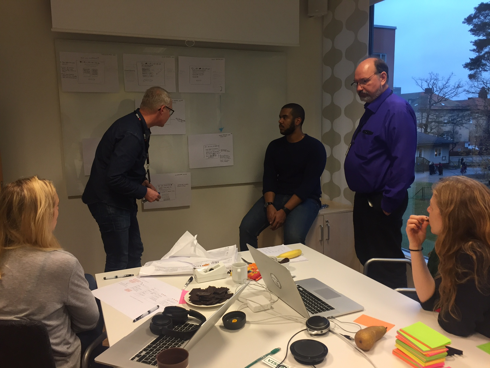 People in workshop during Visma UX Marathon 2016