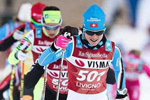 Women on cross country skis