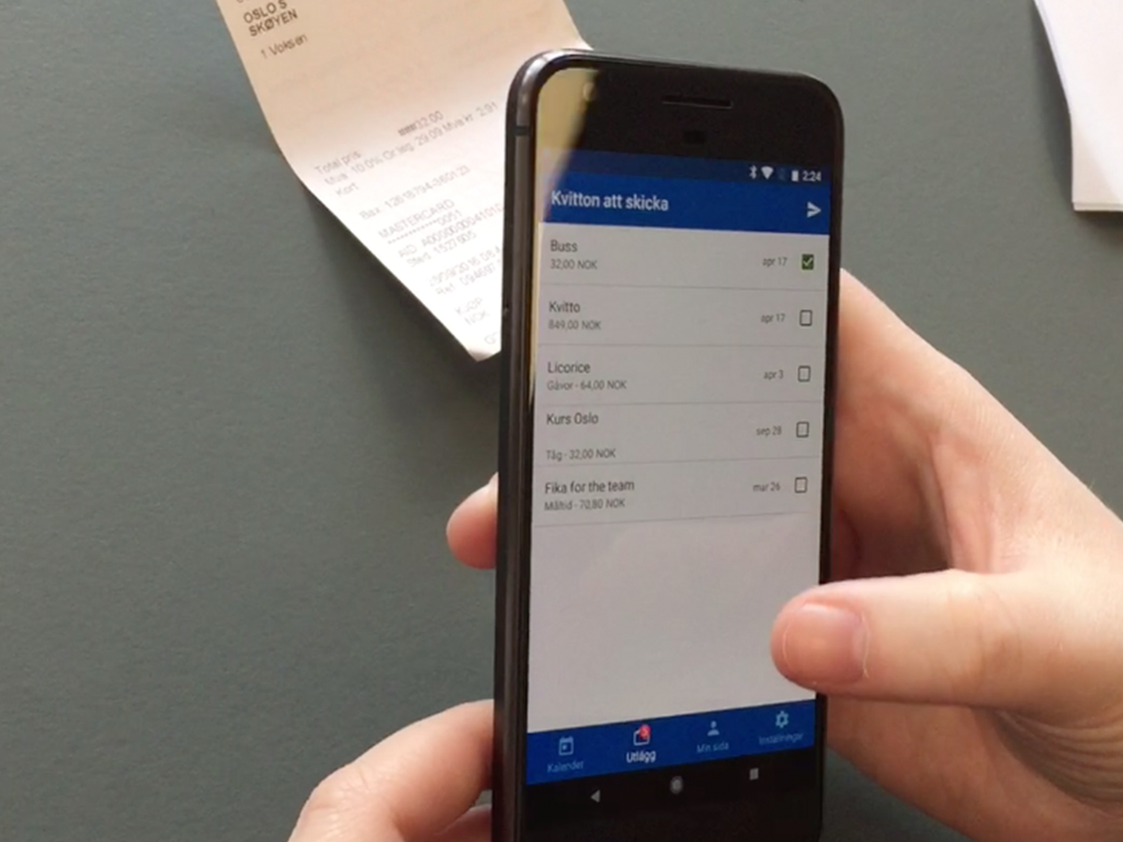 Extending expense reporting on mobile