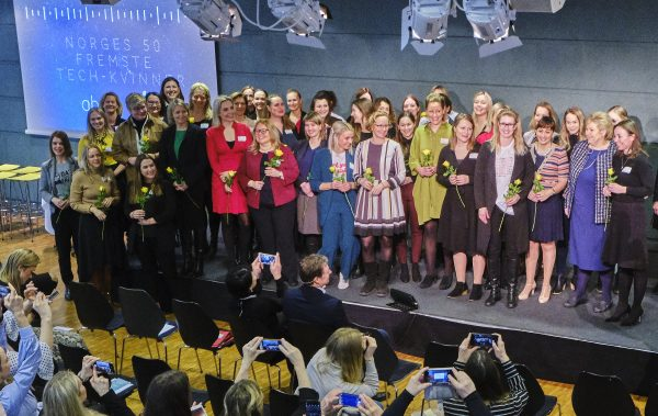 Norwegian prime minister, Erna Solberg, and the women nominated to Norway's most prominent tech women