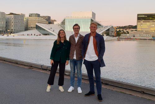 Kejsi Gjordeni, Jakob Hedström and Christian Harder doing the mandatory tourist activities by the Oslo opera house.