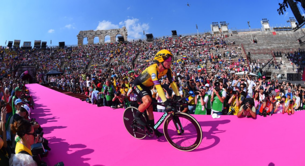 Roglic becomes third overall in Giro d'Italia