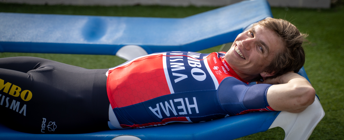 Norwegian rider Amund Jansen laying on a sunbed